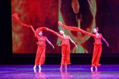 Anden av akademin för brandPekingdans som graderar för barn` s för prov den utstående utställningen Jiangxi för prestation för un Royaltyfri Foto