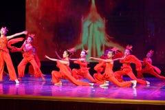 Anden av akademin för brandPekingdans som graderar för barn` s för prov den utstående utställningen Jiangxi för prestation för un Royaltyfria Foton
