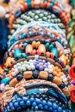 Andenarmbänder und Handwerk - Cajamarca Peru lizenzfreie stockfotos