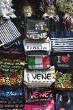 Andenken-Stand Venedigs Italien Stockfoto