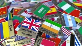 Andenkenmagnet oder -ausweis mit Mekkatext und -Staatsflagge unter den verschiedenen Reisen nach Saudi-Arabien begrifflich lizenzfreie abbildung