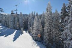 Andere Seite des Skiaufzugs Stockbilder