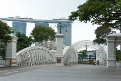 Anderson Bridge au district des affaires central Singapour, Singapor images libres de droits