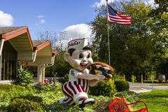 Anderson - Circa October 2016: Frisch's Big Boy restaurant, home of the Big Boy Hamburger II Royalty Free Stock Photo