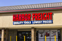 Anderson - Circa October 2016: Harbor Freight Tools Strip Mall Location. Harbor Freight Tools is a discount tool retailer II Royalty Free Stock Photos