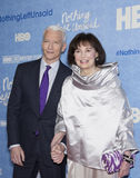Anderson Cooper und Gloria Vanderbilt stockbild