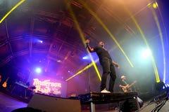 Anderson Paak und die freie Angehörigband führen im Konzert am Sonar-Festival durch stockbild