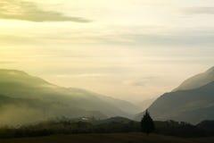 Andes zonsonderganglandschap Stock Foto's
