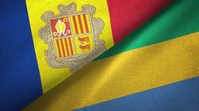 Andorra en Gabon twee vlaggen textieldoek, stoffentextuur vector illustratie