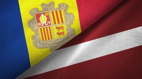 Andorra en Letland twee vlaggen textieldoek, stoffentextuur royalty-vrije illustratie