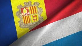 Andorra en Luxemburg twee vlaggen textieldoek, stoffentextuur vector illustratie