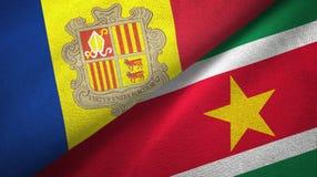Andorra en Suriname twee vlaggen textieldoek, stoffentextuur vector illustratie