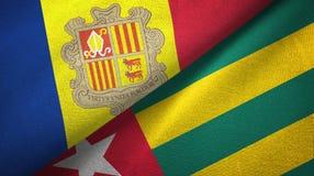Andorra en Togo twee vlaggen textieldoek, stoffentextuur royalty-vrije illustratie