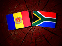 Andorra flaga z południe - afrykanin flaga na drzewnym fiszorku odizolowywającym Obraz Royalty Free