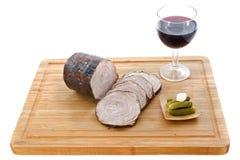 Andouille czerwone wino kiełbasa i zdjęcia royalty free