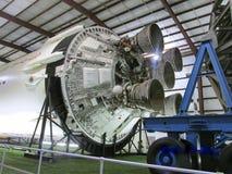 Andra etapp av denresterande Apollo Saturn V raket för NASA` s i dess eget offentliga museum på Johnson Space Center, Houston, Te Royaltyfria Bilder