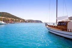 Andratx havenjachthaven in Mallorca de Balearen Stock Afbeeldingen