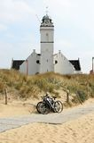 Andreas ou vieille église le long des dunes, Hollande Image stock