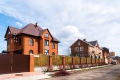 Andreevka, Russland - 11. April 2016 Allgemeine Ansicht der Kleinstadt in Solnechnogorsk-Bezirk Stockbilder