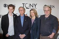 Andrew Garfield, Mike Nichols, Linda Emond, y Philip Seymour Hoffman Fotos de archivo libres de regalías