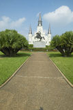 Andrew Jackson Statue u. St. Louis Cathedral, Jackson Square in New Orleans, Louisiana Lizenzfreie Stockbilder