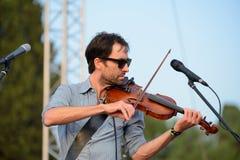 Andrew Ptasi muzyk, kompozytor i instrumentalista, wykonujemy przy Vida festiwalem fotografia stock