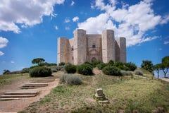 ANDRIA- Castel del Monte, el castillo famoso construido en una forma octagonal por Roman Emperor Frederick santo II Italia fotografía de archivo libre de regalías
