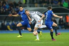 Andriy Yarmolenko滴下与球、UEFA欧罗巴16在发电机之间的秒腿比赛同盟回合和埃弗顿 免版税库存图片
