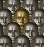 Androide metallico del robot dell'oro con gli occhi umani Immagini Stock