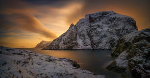 Andstabbvika sunset. Colorful winter sunset in Andstabbvika bay, Moskenesoya, Lofoten Stock Images