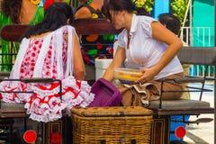 ANDUJAR, ΙΣΠΑΝΙΑΣ - 6 Σεπτεμβρίου: Χαρακτηριστικό από τη Σεβίλλη flamenca s γυναικών Στοκ Εικόνα