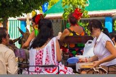 ANDUJAR, ESPAGNE - septembre, 6 : Flamenca Sevillian typique s de femmes Images stock