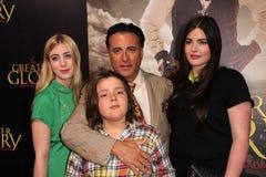 Andy Garcia en familie bij   Stock Afbeeldingen