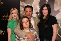 Andy Garcia et famille au   Images stock