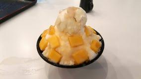 andyummy muy dulce del bingsu del mango Imagenes de archivo