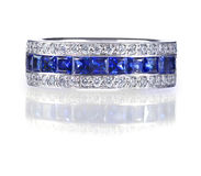 Anel azul de pedra preciosa imagem de stock