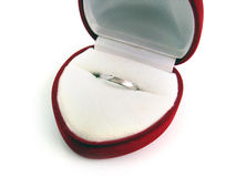 Anel de casamento na caixa Fotografia de Stock