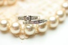 Anel de diamante e pérolas Imagem de Stock Royalty Free
