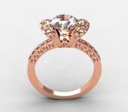 Anel de diamante redondo do ouro 18k cor-de-rosa adorável Fotografia de Stock