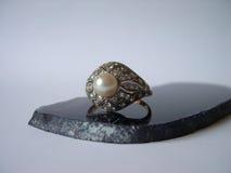 Anel de diamantes antigo Foto de Stock Royalty Free