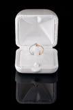 Anel de noivado do diamante Imagens de Stock