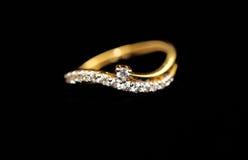 Anel de noivado do ouro Imagem de Stock Royalty Free