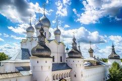 Anel de ouro de Rússia do oblast de Yaroslavl do Kremlin de Rostov fotografia de stock
