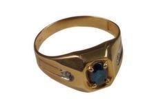 Anel de ouro dos homens foto de stock royalty free
