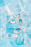 Anel de prata com zircão e a pedra preciosa azul Imagem de Stock Royalty Free