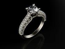 Anel dourado com diamante Imagens de Stock