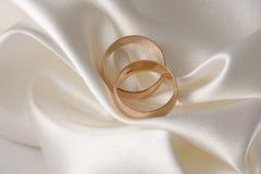 Anelli di cerimonia nuziale 3 immagini stock