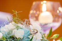 Anelli di cerimonia nuziale Fotografia Stock