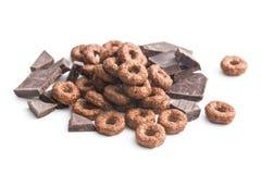 Anelli e cioccolato del cereale Fotografie Stock Libere da Diritti