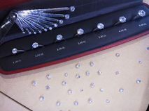 Anelli e diamanti di diamante Immagini Stock Libere da Diritti